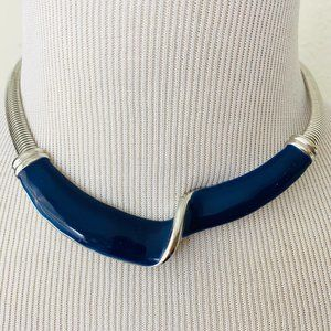 Vintage 1980s Blue Silver Twisted Chevron Necklace